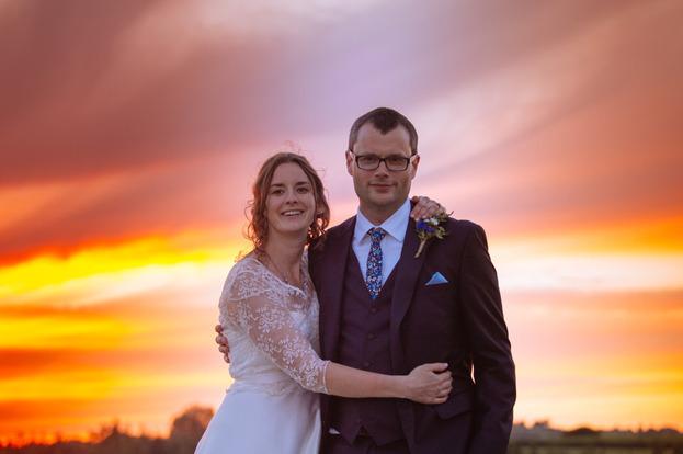 devon-festival-wedding-becky-joiner-photographer724of763